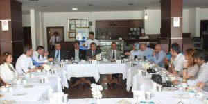 Ak Parti Sarıyer İlçe Başkanı yerel basınla buluştu.