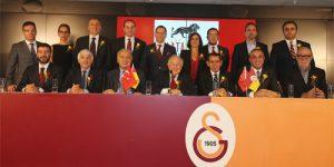 Galatasaray'dan devrim gibi kararlar!