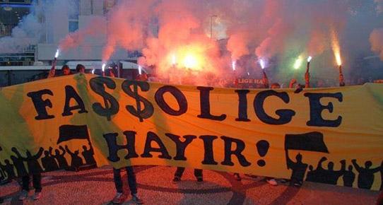 Fenerbahçe Taraftar Grubu Tribünden Çekildi!