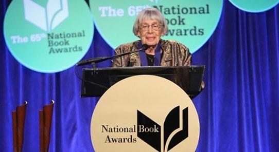 Ursula K. Le Guin: Direniş sözcüklerin sanatında başlar