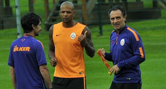 Galatasaray'da şok olay! Prandelli'nin üstüne mi yürüdü!