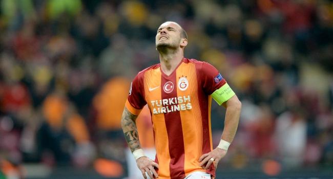G.Saray karıştı! Sneijder'den şok hareket