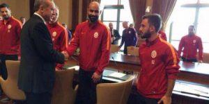 KaçAk Saray ziyareti 'kaçak' çıktı