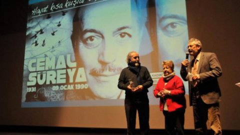 Usta şair Cemal Süreya Kadıköy'de anıldı