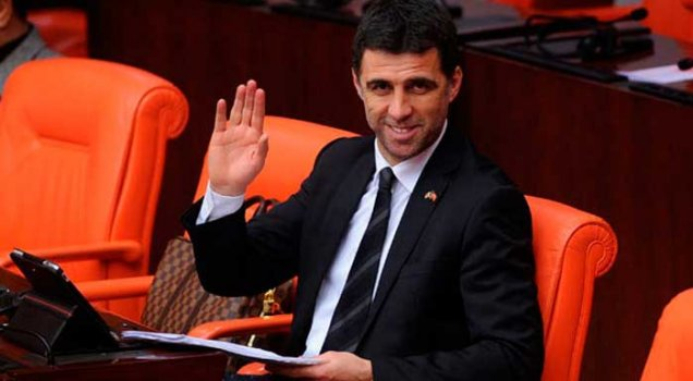 Hakan Şükür'den AKP'lilere jet yanıt!
