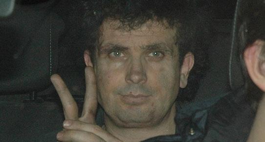 Dolmabahçe'de polislere bomba atan Fırat Özçelik tutuklandı