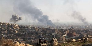 IŞİD iki cepheden saldırıya geçti.