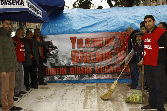 MHP'li belediyenin işten çıkarttığı işçilerin direnişi 100. gününde
