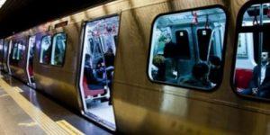 İstanbul'da metro seferi yapılamıyor