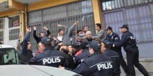 Üsküdar'da bildiri dağıtan HDP'lilere saldırı