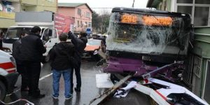 Sarıyer'de kaza: İki kişi öldü 8 yaralı