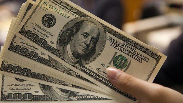 ABD verileri açıkladı, dolar ucuşa geçti