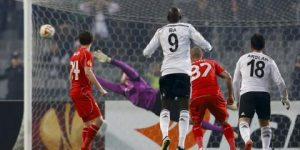 Beşiktaş Liverpool'u Olimpiyat'a gömdü