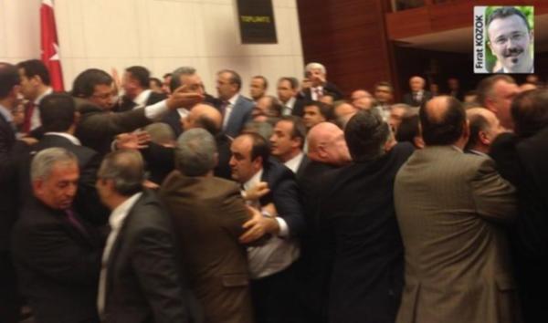 İşte Meclis'teki kavganın ilk görüntüleri