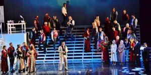 Opera sahnesinde türbana sessiz tepki