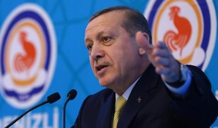 Erdoğan'dan Arınç'a imalı yanıt: Konu mankeni değilim