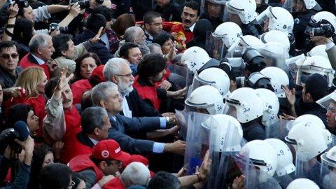 Taksim'e 10 bin polis ve ulaşım engeli