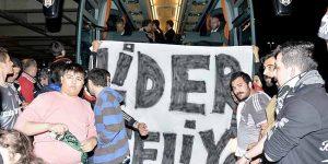 Beşiktaş'a İstanbul'da coşkulu karşılama.