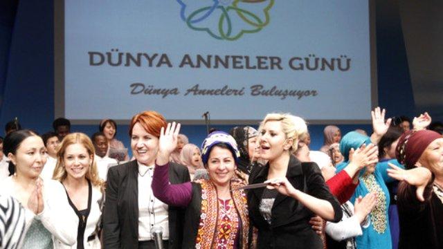 Dünya Anneleri İstanbul'da Buluştu.