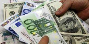 Dolar ve euro yükseldi.