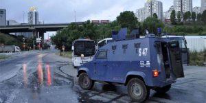 İstanbul'da helikopter destekli operasyon.