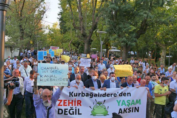 AKP'nin belediyecilik balonu, Kurbağalıdere'de patladı!