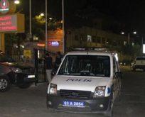 Polis aracına silahlı saldırı.