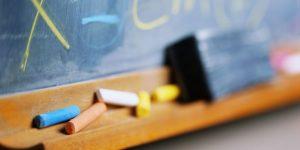 Okulların açılışı 28 Eylül'e ertelendi.