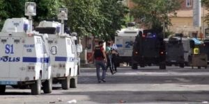 Şemdinli'de 'evlerinizi boşaltın' anonsu