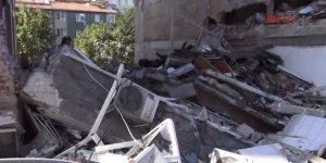 Üsküdar'da 5 katlı bina çöktü.