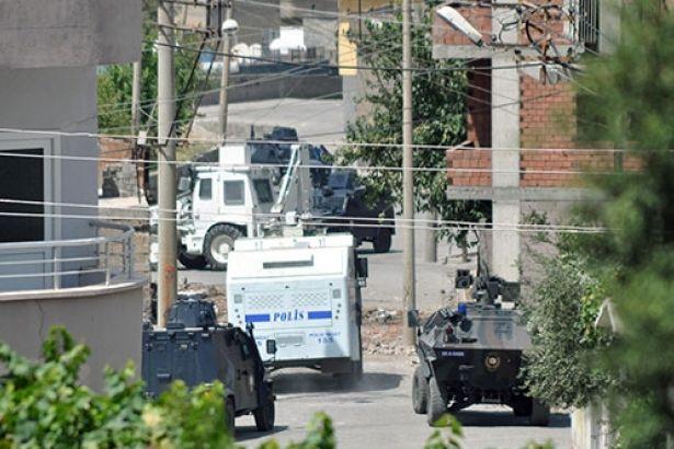 Cizre'de çatışmalar sürüyor: 2 ölü