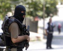 'Cizre'de polis 3 çocuğu taradı' iddiası.