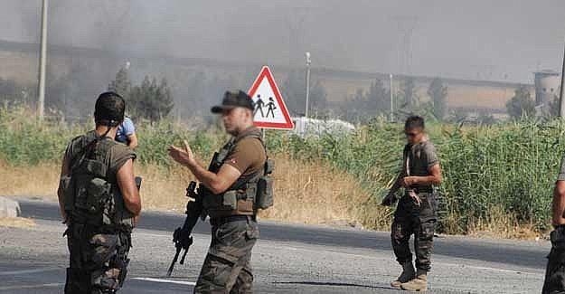Silvan'da askere saldırı. Can kaybı var