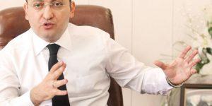 Yalçın Akdoğan: Yazarlara şiddet demokrasimize zarar verir
