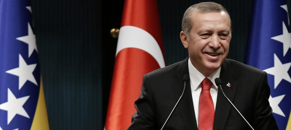 Muhabir soruyu sordu, Erdoğan güldü