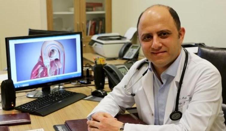 İki hastaya sığır kalbinin zarından yapılan biyolojik kapak takıldı