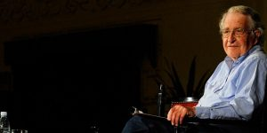 Chomsky'den Erdoğan'a: Katil!