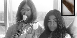 John Lennon'un saçı 100 bin TL