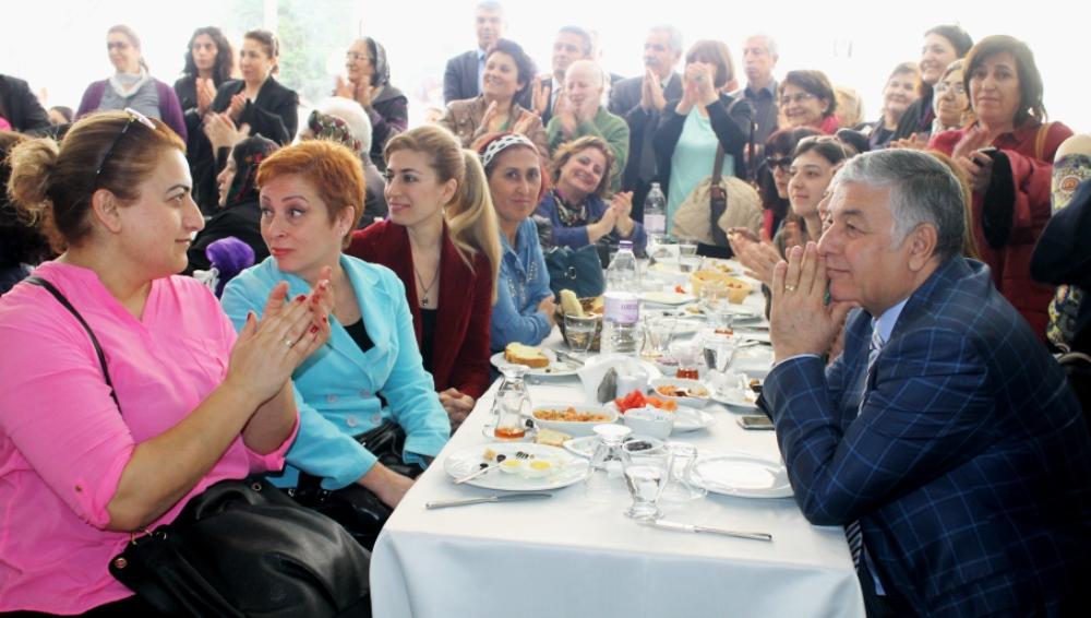 CHP Sarıyer'den 8 Mart kutlaması