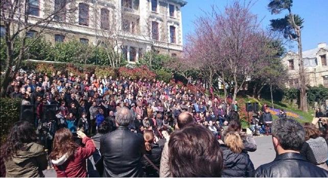 Tutuklanan Akademisyenler için eylem