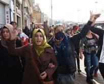 Kadınlar günü kutlamasına polis müdahalesi