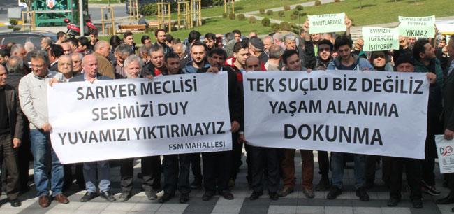 Meclis toplantısına protesto