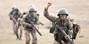 Savunma Bakanı: TSK savaşa hazır!