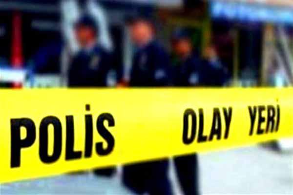 Mecidiyeköy'de şüpheli minibüs alarmı