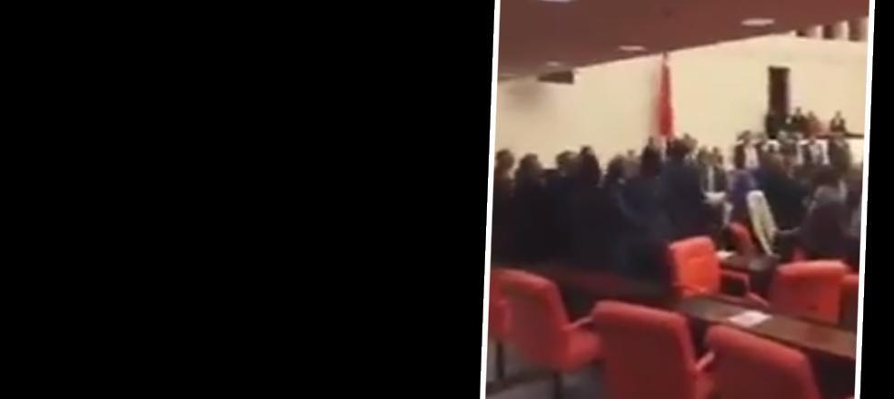 Meclis'te büyük kavga… AKP'liler HDP'lilere saldırdı: 3 yaralı