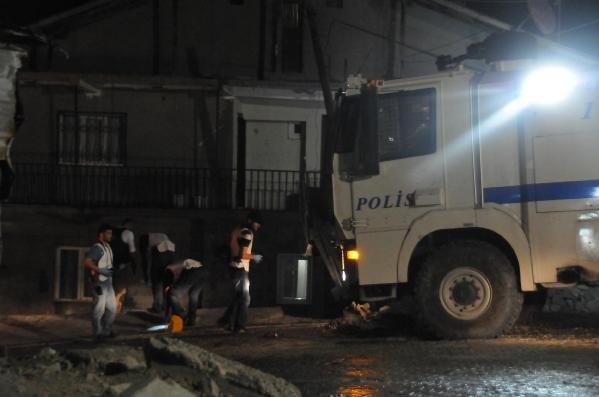 Mardin'de polis lojmanlarına saldırı