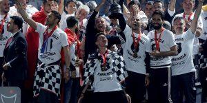 Şampiyondan Muhteşem Tören