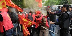 Taksim'e yürümek isteyenlere polisten sert müdahale