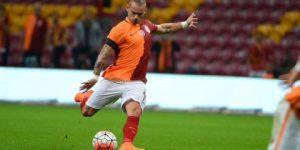 Sneijder'e teklif yağıyor