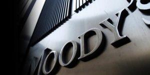 Moody's Türkiye'nin kredi notunu bir basamak düşürdü